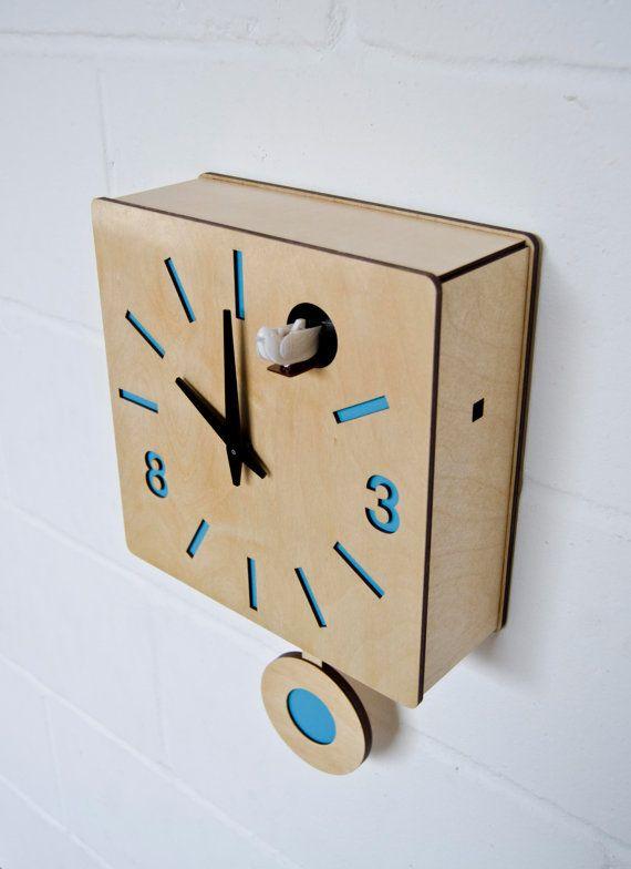 Modern Cuckoo Clock with moving bird Quadri by pedromealha