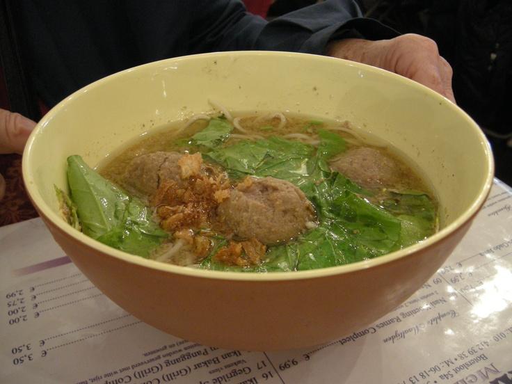 Indonesian food: Bakso. YUM!!