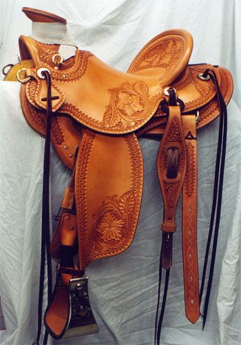 Frecker's Western Saddles-Floral/border wade. Made by Kent Frecker