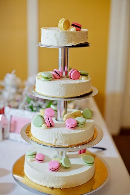 Macaroon #wedding #cake