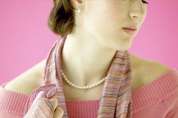 Thyroid Disease Symptoms -- Hypothyroidism and Hyperthyroidism