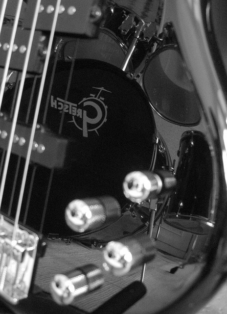 bass guitar and drums relationship quizzes