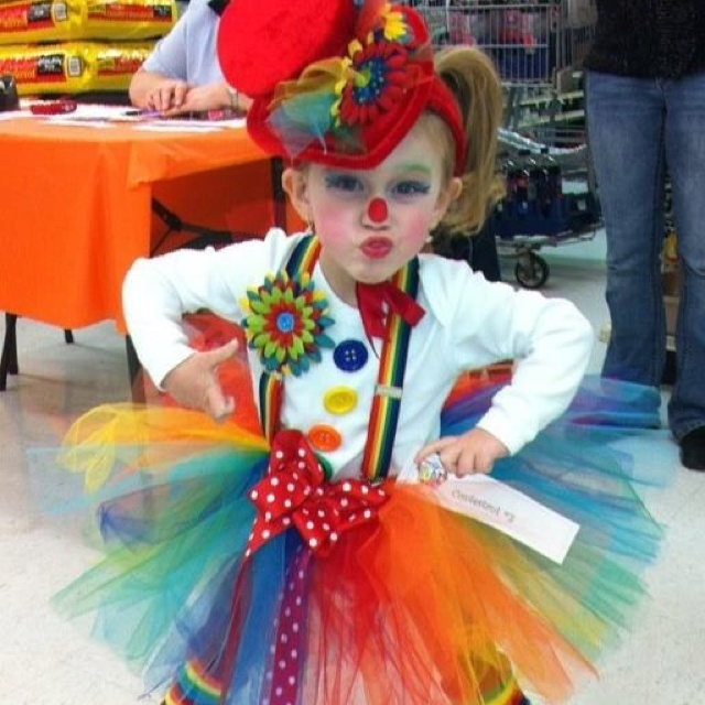 Clown costume I made for Abby!