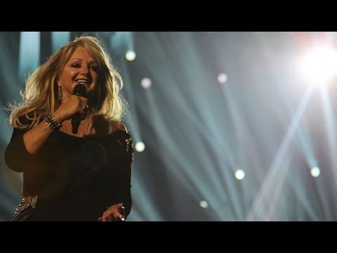 Bonnie Tyler (UK): 'Believe In Me' - 2013 Eurovision Song Contest Final - BBC One #bonnietyler #bonnietylereurovision #gaynorhopkins #gaynorsullivan #eurovision #uk #unitedkingdom #music #rock #thequeenbonnietyler #therockingqueen #rockingqueen #2013 #believeinme #bbc #bonnietylervideo #malmo