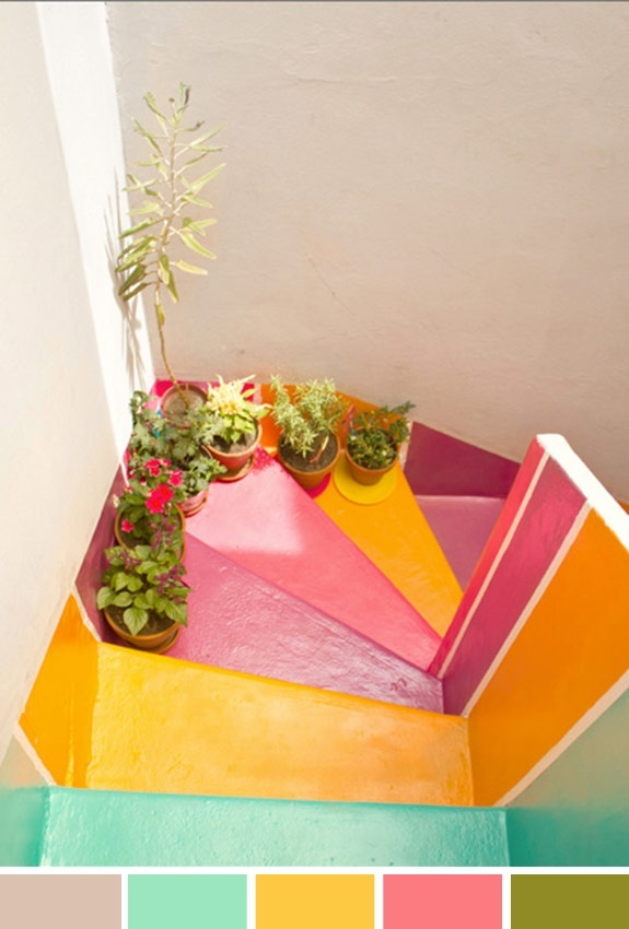 escada colorida, decoração, inspiração