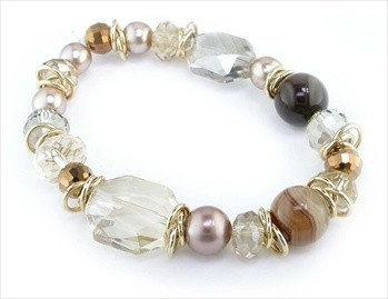 18ct Gold Plated Shades of Mocha Oblong Beaded Stretch Bracelet/ love the random gold jump rings.
