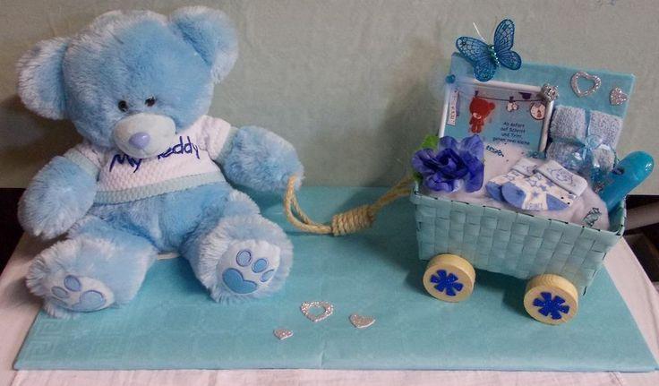 ♥ Windeltorte Baby Geschenk blau Junge 40 cm Bär mit Wagen ♥