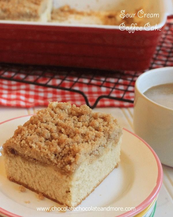 Sour Cream Coffee Cake-just look at all that crumb topping!
