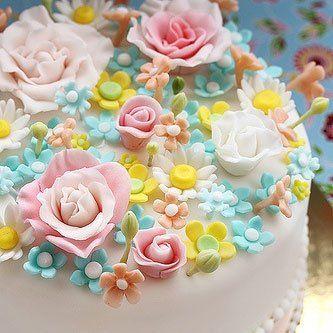 Un gâteau fleuri // flower cake