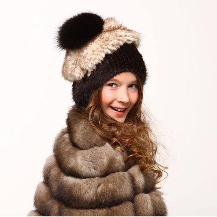 "Polubienia: 33, komentarze: 1 – Murat Sezgin (@muratsezgin) na Instagramie: ""#fashionphotography #furfashion #sable #furcoat #furhat #fashionista #kidsfashion #moda #samur…"""