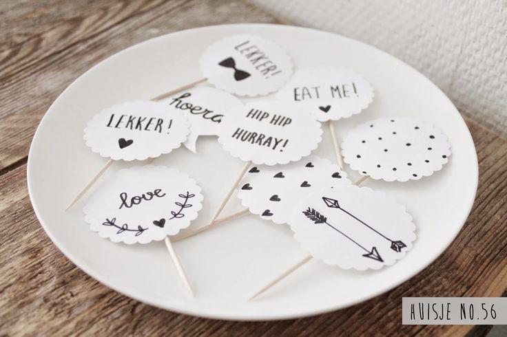Prikkers feestje, zelf maken van wit papier met zwarte tekst