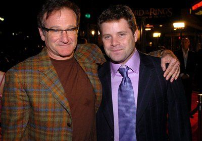Robin Williams and Sean Astin at event of The Lord of the Rings: The Return of the King (2003)