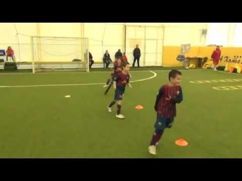 ENTRENAMIENTO DEL BARCELONA FUTBOL INFANTIL - YouTube