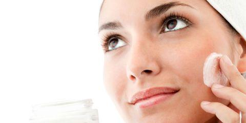 9 Causes of Dull Skin — Skin Brightening Tips