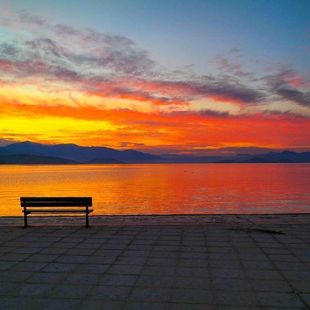 """""""Από τα καλύτερα ηλιοβασιλέματα της Ελλάδας ..... #sunset #sunsetview #mygreeksummerchallenge2017 #greece #ilovegreece #instagreece #theologos #malesina #view #nature #sunrise #beauty #summer #sun #pretty #cool #cute #love  #sky #clouds #photo #picture #travelblog #travelblogger  #instagood #photooftheday #picoftheday #art #travel #landscape"""" by @tasos_paisios. #dametraveler #instalive #ilove #instalife #sightseeing #unlimitedparadise #tour #visiting #destination #explorephilippines…"""