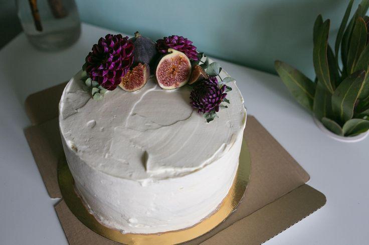 Многоярусные свадебные торты