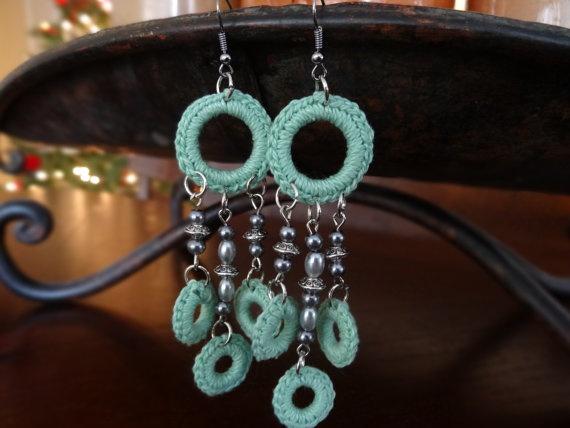 Crocheted+Mint+Green+Dangle+Earrings+with+by+LotsofKnotsDesigns