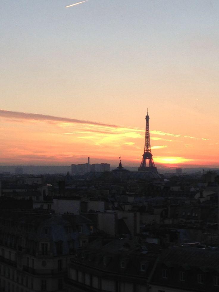 Jetaimeskippy.com thinks this is sublime!  #travel #webdesigner #paris #brisbanegirl #graphicdesigner