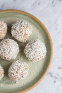 Today's recipe, Raw Caramel Macadamia Bliss Balls, is an adaption of my popular Raw Caramel Slice recipe – one of the first recipes I shared on Becomingness, nearly 12 months ago. It is still my favourite dessert recipe and I wondered if it work as a bliss ball. I was really happy with the resu...