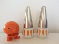 Lotus Lyngby salt and pepper  http://www.retrorosa.mystore.no/ds_product_info.php/products_id/726