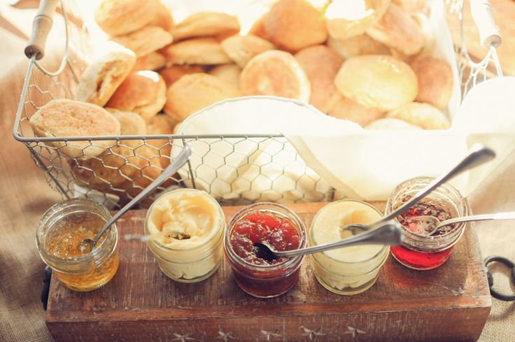 Biscuit bar!!!!!!!!!!!!!!!!  Read More: http://www.stylemepretty.com/southeast-weddings/2014/02/17/cloverleaf-farm-wedding/