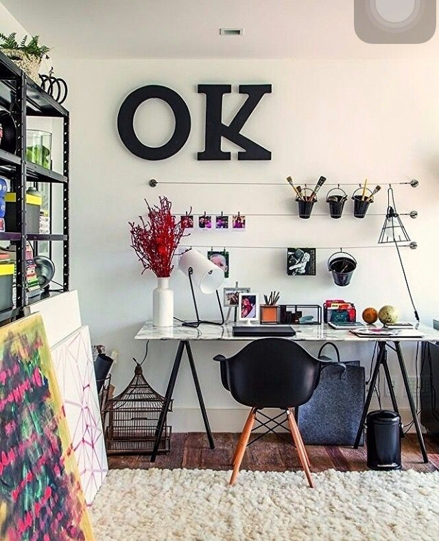 Instagram @revistacasaclaudia arames sobre a escrivaninha