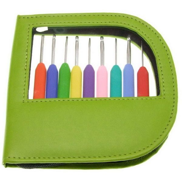 KNITPRO Waves Crochet Hook Set of 9 Single Ended Waves Crochet Hooks. Available in either Green or Pink leather case. 2.00mm through to 6.00mm in size.