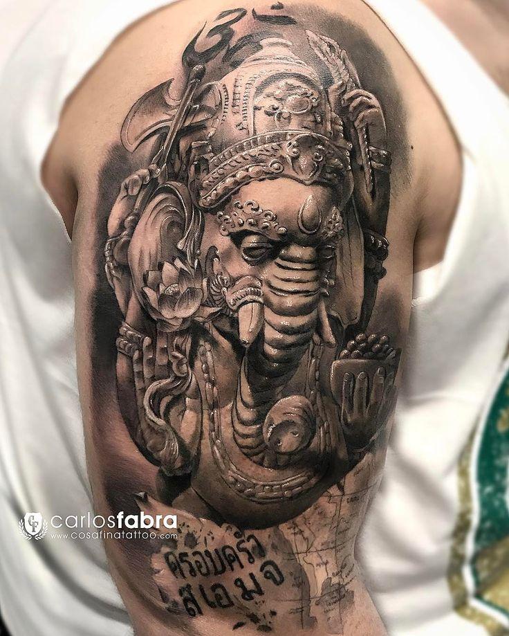 """Carlos Fabra CosaFina tattoo no Instagram: """"Ganesha de Tailandia// Thai Ganesh Gracias Jose por confiar en mi para conmemorar un viaje tan importante en tu vida. Que este amuleto te…"""""""