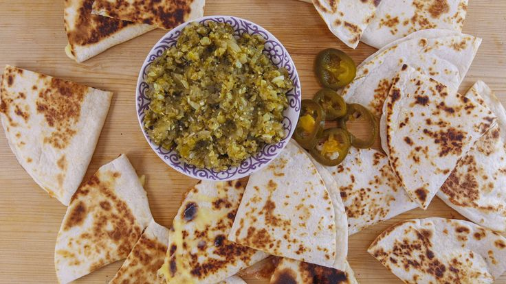 This Mexican meal makes for a quick and easy weeknight supper. Quesadillas Suizas with salsa verde dip