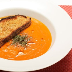 15-minute Creamy Tomato Soup (Vegan) — Punchfork
