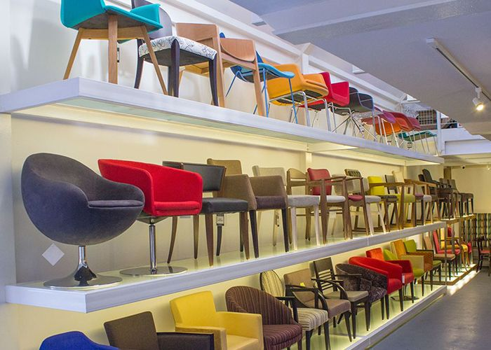 London contract furniture showroom