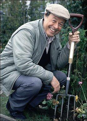 Arthur Flower, played by Bill Treacher.