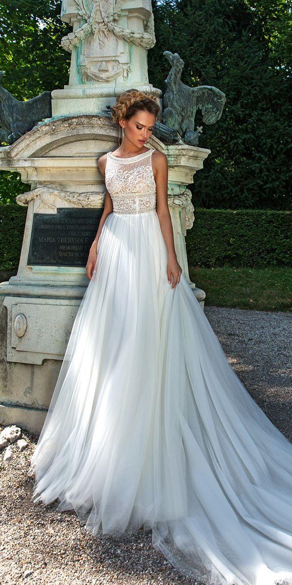 Crystal Design 2018 Wedding Dresses Lace Bateau Neckline Straight Sleeveless Style Buffy