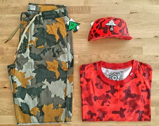 Outfit of the day!!! LRG Desert Camo LRG Red Camo Full Cap LRG Panda Camo T-Shirt Red www.ImperatorShop.ro