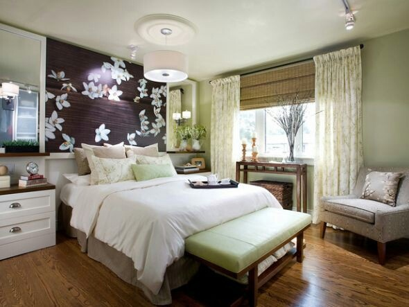 Sage Plum Bedroom Like The Neutrals With Greens And Plums