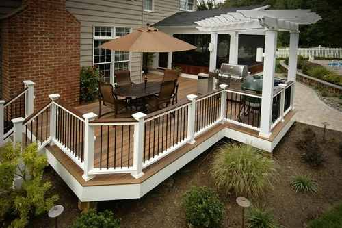 Great Horizon Composite Deck built by Fine Decks, Inc in Owning MD