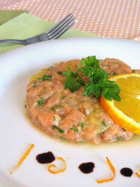 Tartare de saumon à l'orange http://tomatesansgraines.blogspot.fr/2013/12/tartare-de-saumon-lorange.html