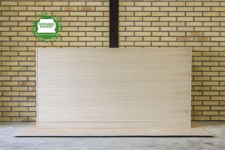 Liggande sängskåp anpassat för en traditionell sängskåp. Wall bed suitabale for a regular bed frame