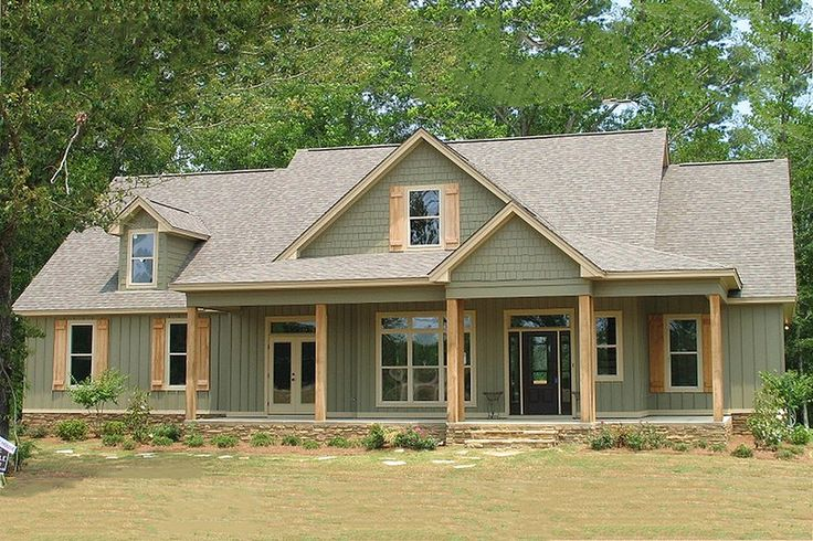 Country Style House Plan - 4 Beds 3 Baths 2456 Sq/Ft Plan #63-270 Exterior - Front Elevation - Houseplans.com