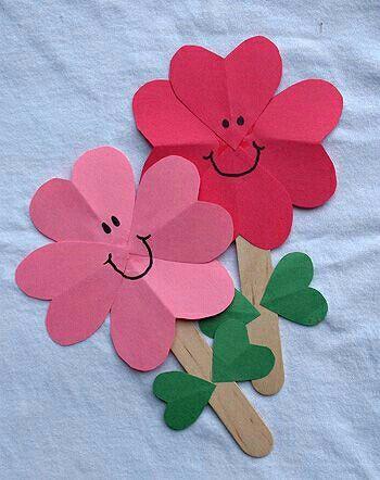 Bloemen knutselen