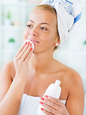 8 Easy Ways To Deal With Oily Skin, Treatment and Products | Gurl.com
