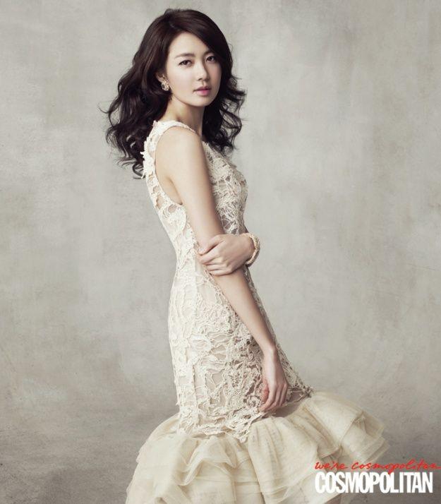 Lee Yo Won Cosmopolitan Korea Magazine March Issue '11