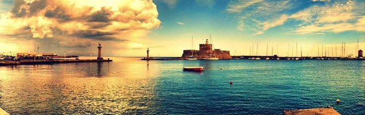 Panoramic view of #Rhodes port!!! Chillout #September, #Sweet #Autumn at #Rodos #Greece!!!