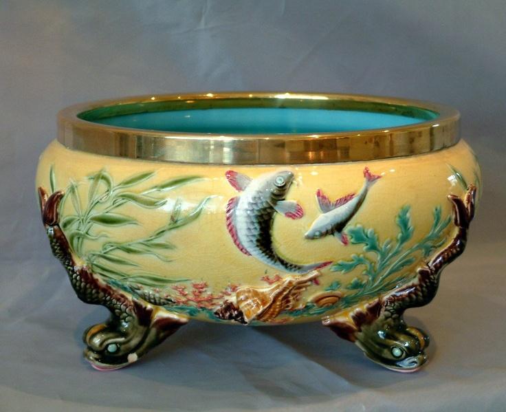 les 717 meilleures images du tableau majolica i sur pinterest porcelaine vases et faience. Black Bedroom Furniture Sets. Home Design Ideas