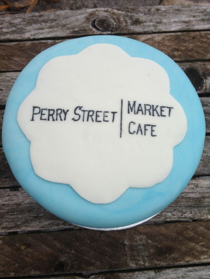 This is a cake I made for the opening of Perry Street Market Cafe when they opened first. It's a great spot in town. My friend Pam was head chef at the time. I re-created the logo of the cafe.