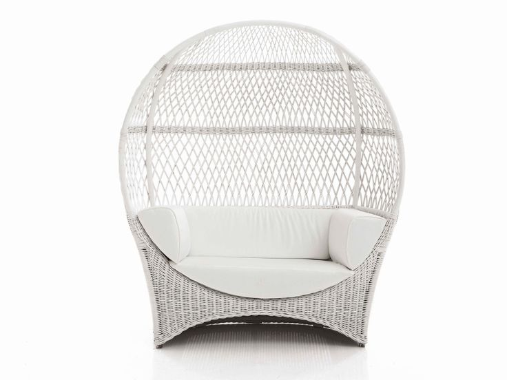 ALTAIR Love Seat by Samuele Mazza Outdoor Collection. Luxury outdoor sofa with a natural rattan and wicker frame entirely handmade, produced and distributed by DFN Srl. This unique sofa is suitable for garden, pool, wellness area, spa, patio, terrace, veranda, balcony, sundeck, courtyard, porch, lanai, boat, yacht and ship.