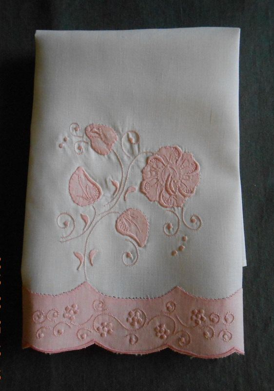 Vintage Linen Guest towel  Pink Applique by Sugsies on Etsy, $7.00