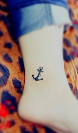 anchor tattoo for girls on the ankle | Top Of Tattoos: Anchor tattoo on the ankle
