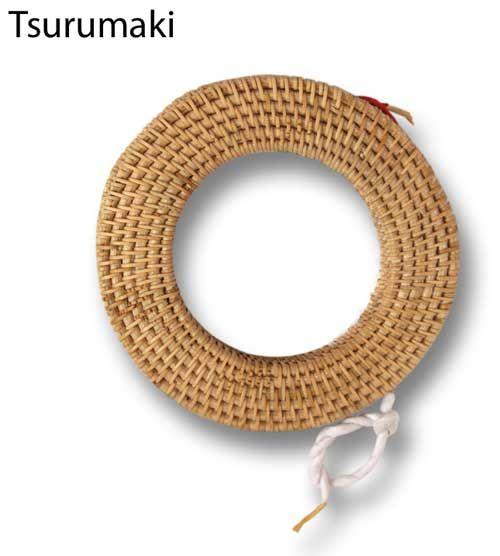 Tsurumaki (bow string holder).