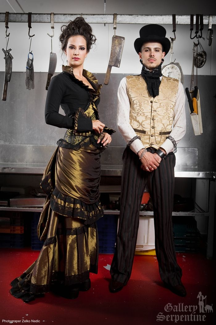 Black and gold #Steampunk Wedding ... Wedding ideas for brides & bridesmaids, grooms & groomsmen, parents & planners ... https://itunes.apple.com/us/app/the-gold-wedding-planner/id498112599?ls=1=8 … plus how to organise an entire wedding, without overspending ♥ The Gold Wedding Planner iPhone App ♥